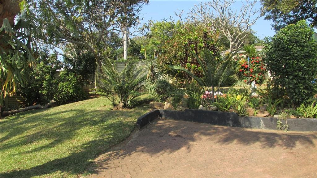 Shelly Beach property for sale. Ref No: 13361053. Picture no 28