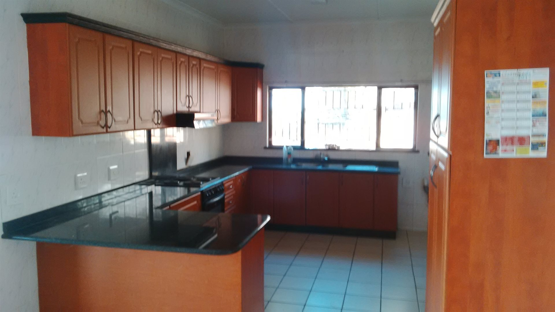 Doonside property for sale. Ref No: 13522465. Picture no 2