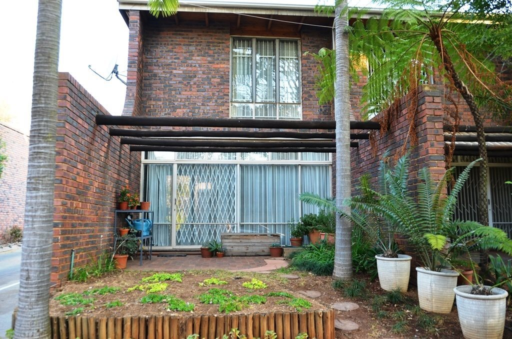 Queenswood property for sale. Ref No: 13525285. Picture no 13