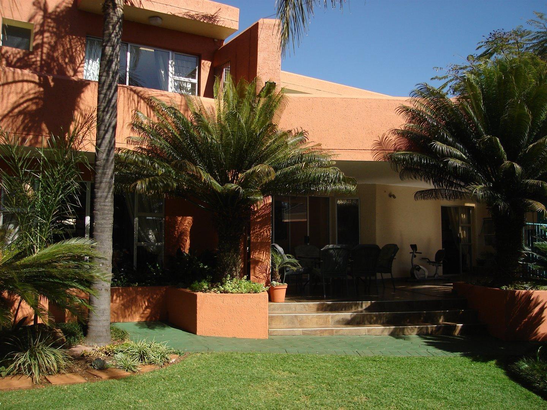 Eldoraigne property for sale. Ref No: 13494397. Picture no 38