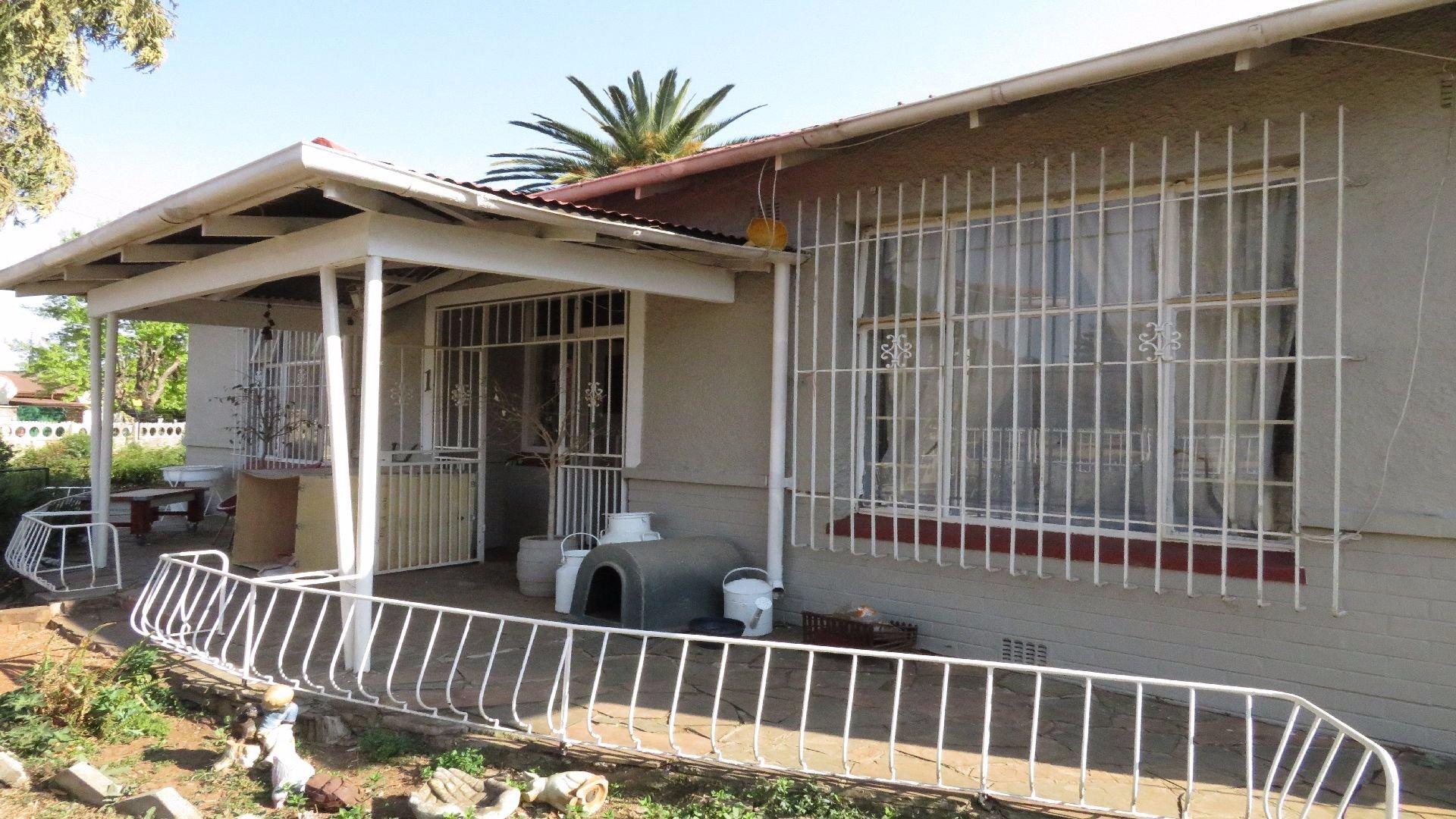 Randfontein, Homelake Property  | Houses For Sale Homelake, Homelake, House 3 bedrooms property for sale Price:699,000