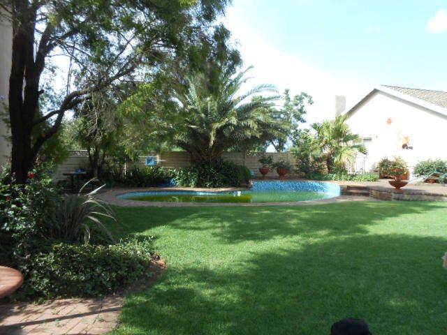Mooilande property for sale. Ref No: 13421739. Picture no 2