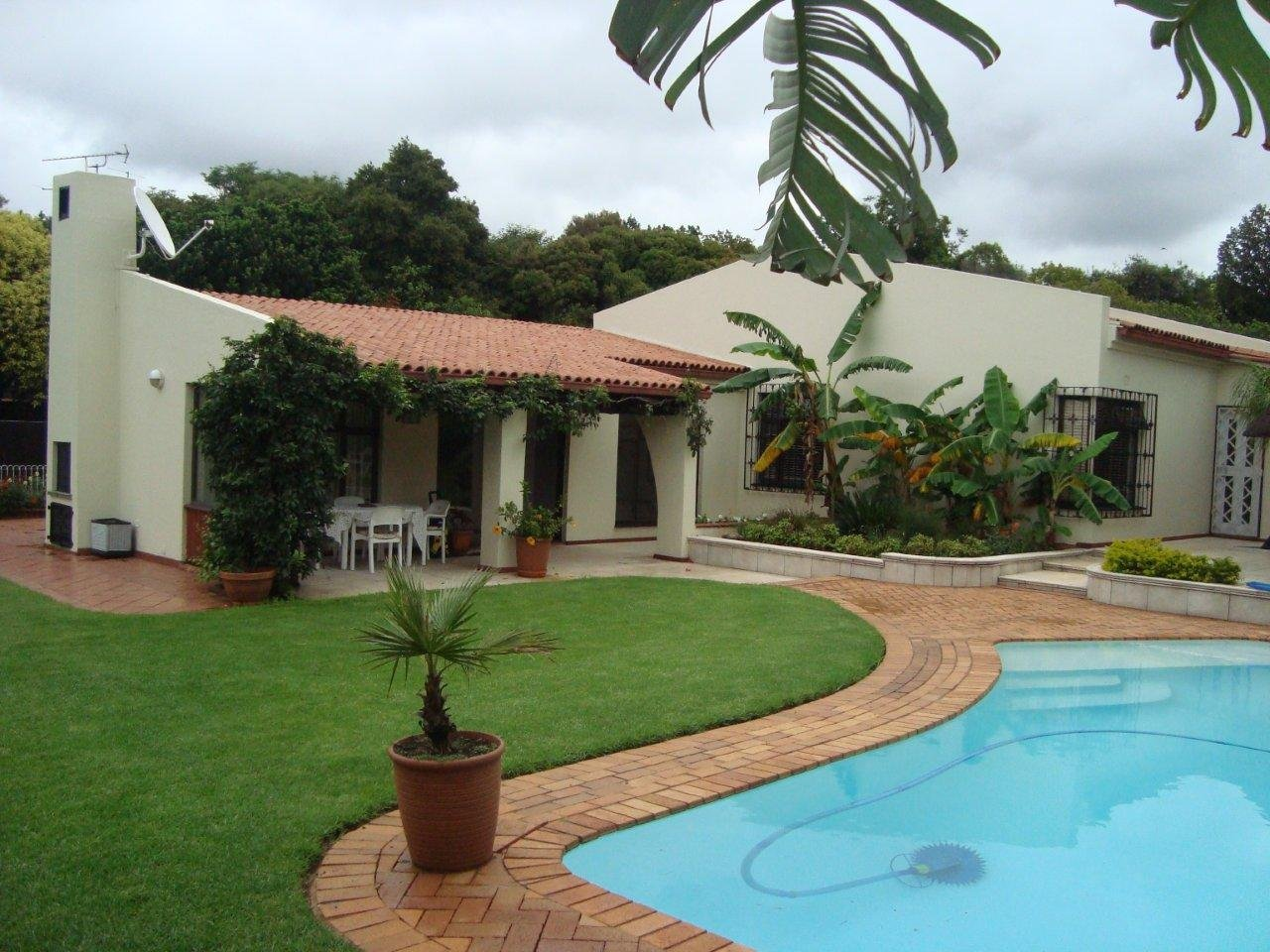 Property and Houses for sale in Randpark Ridge, House, 4 Bedrooms - ZAR 2,495,000