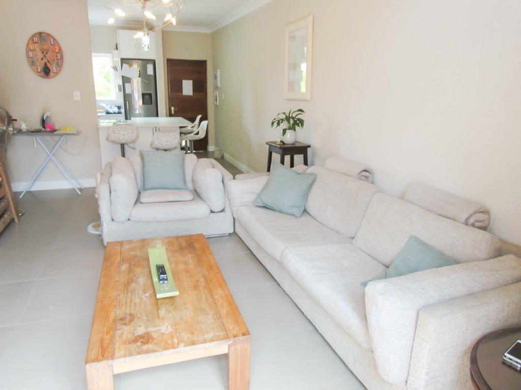 Douglasdale property for sale. Ref No: 13537832. Picture no 5