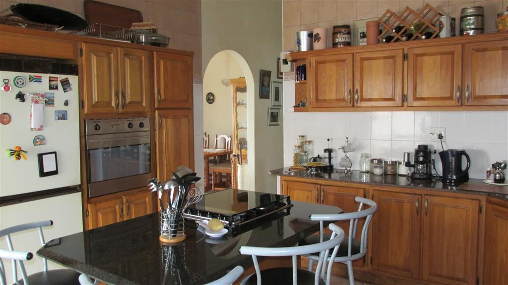 Ramsgate property for sale. Ref No: 12732847. Picture no 11