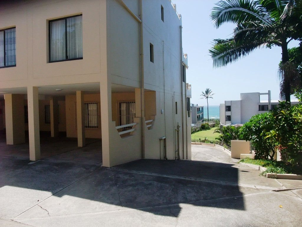 Margate property for sale. Ref No: 12775009. Picture no 3