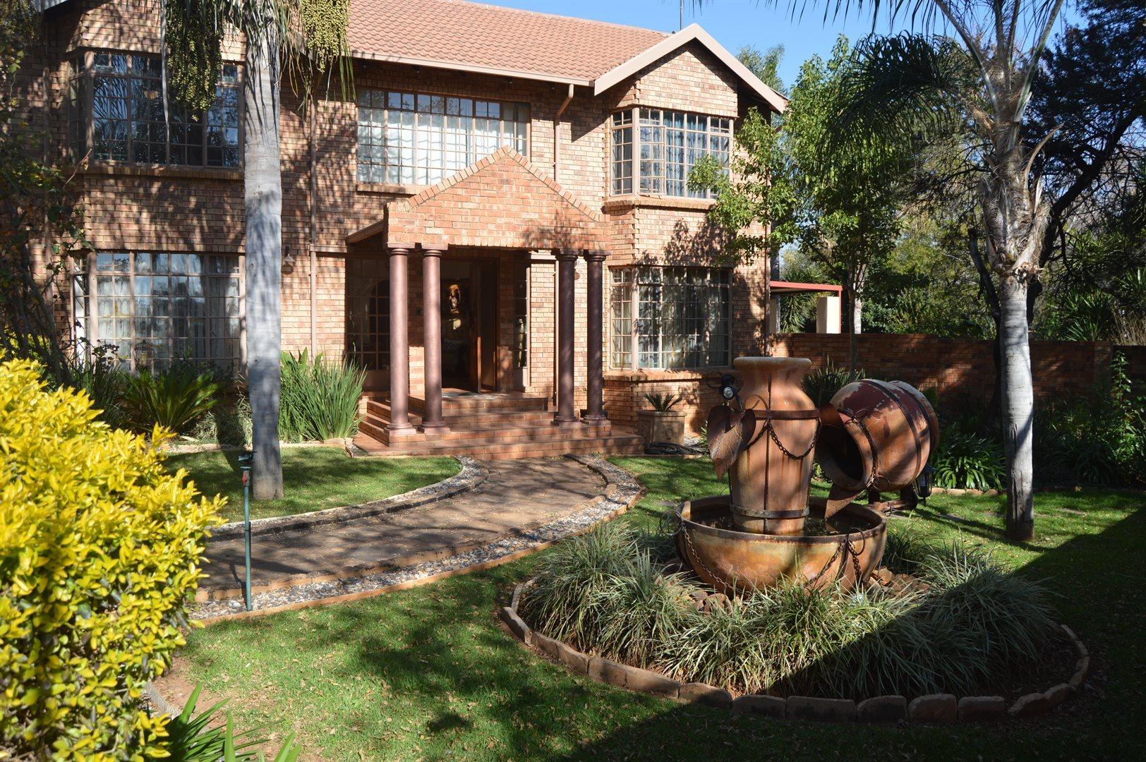 Pretoria, Faerie Glen Property  | Houses For Sale Faerie Glen, Faerie Glen, House 3 bedrooms property for sale Price:2,880,000