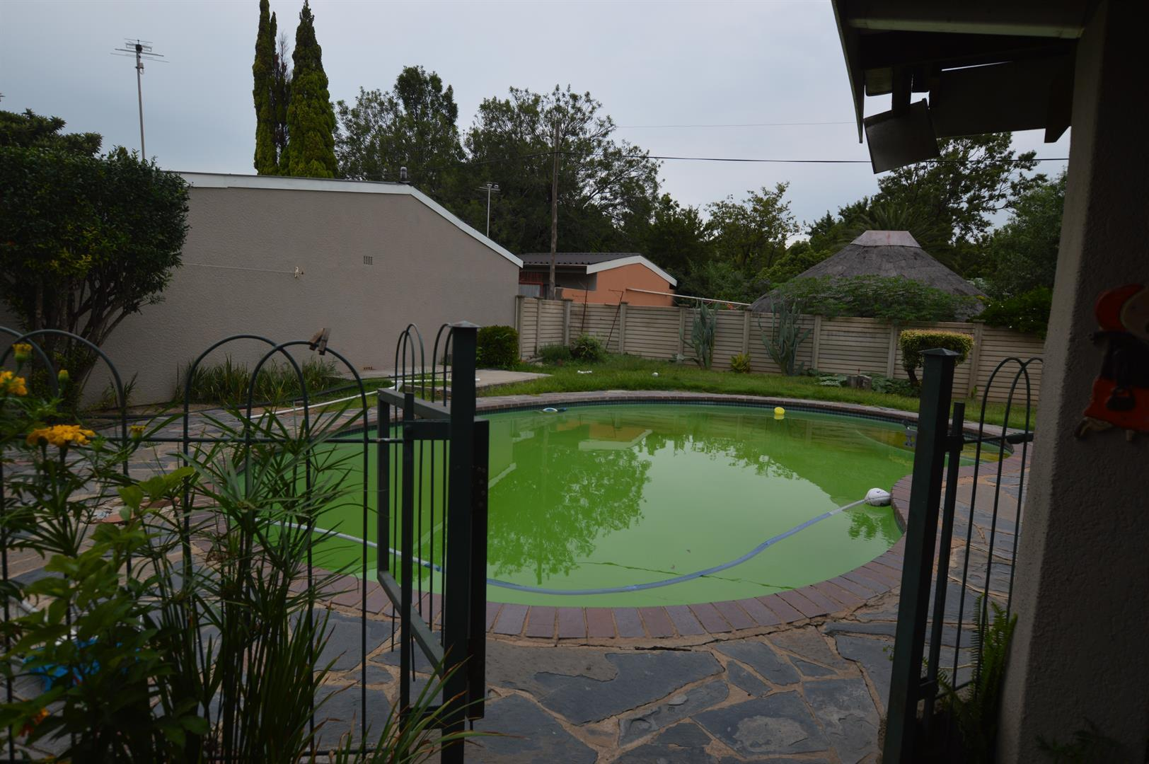 Sasolburg property for sale. Ref No: 13444250. Picture no 16