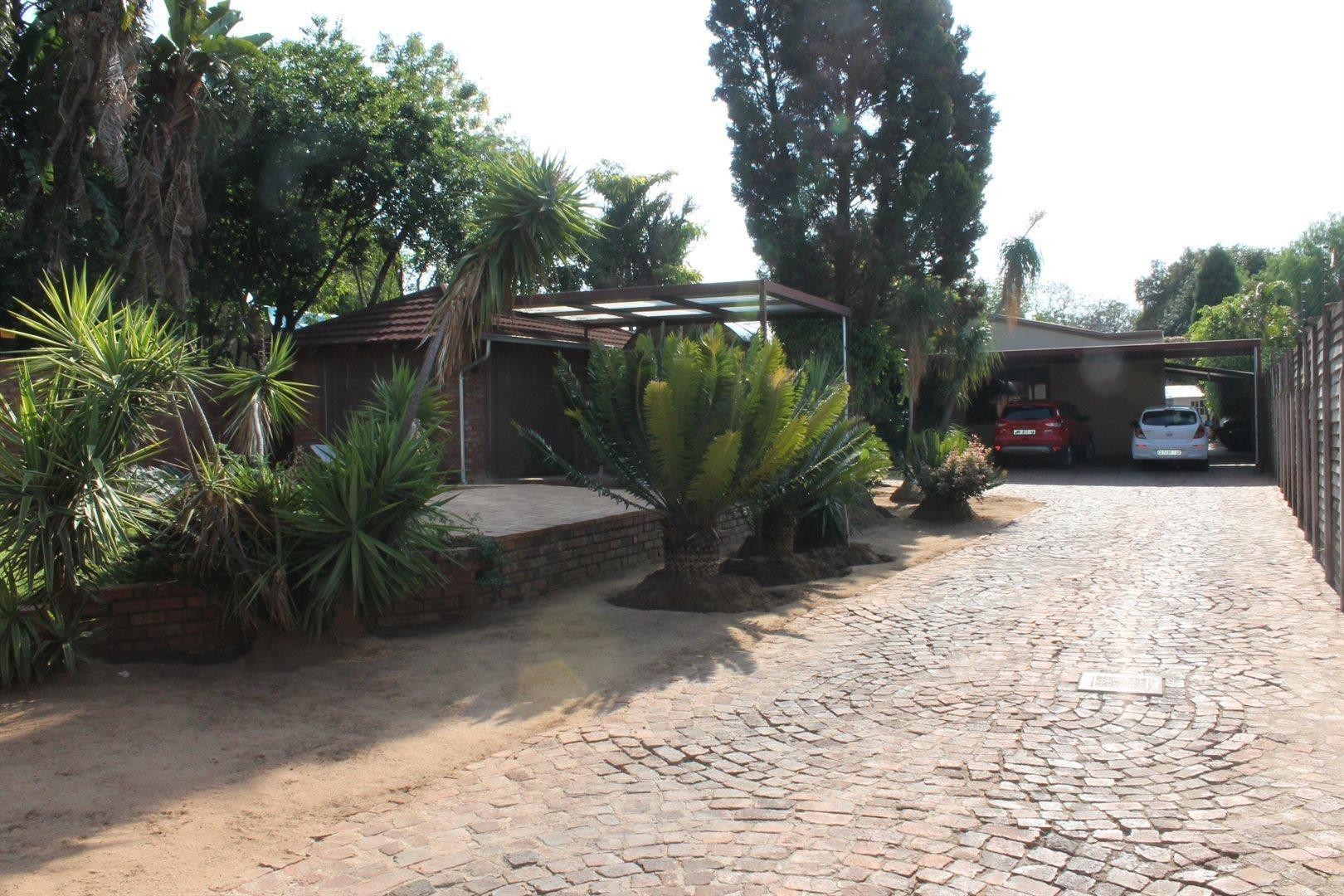 Pretoria North property for sale. Ref No: 13566722. Picture no 2
