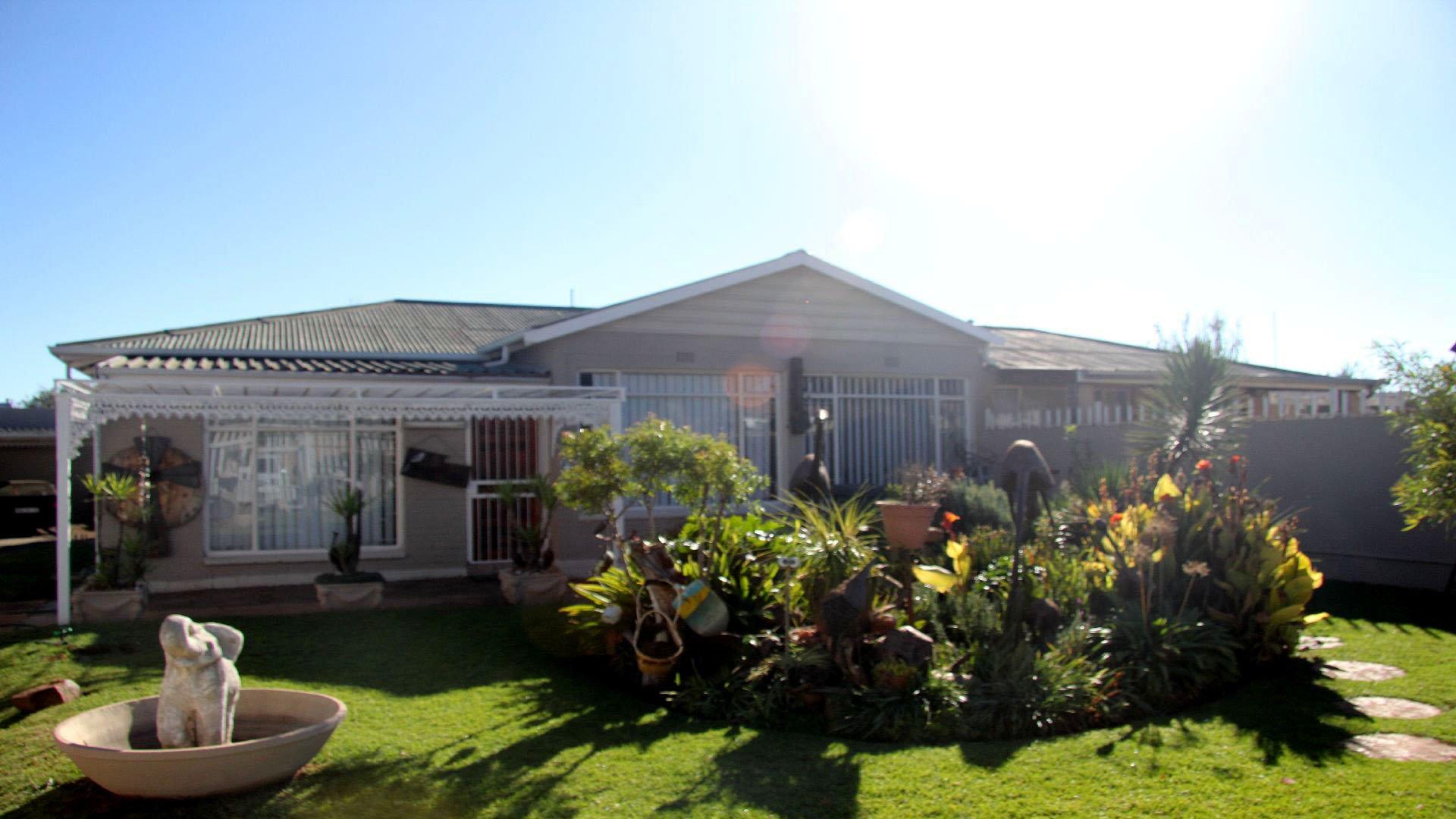 Randfontein, Homelake Property    Houses For Sale Homelake, Homelake, House 3 bedrooms property for sale Price:699,000