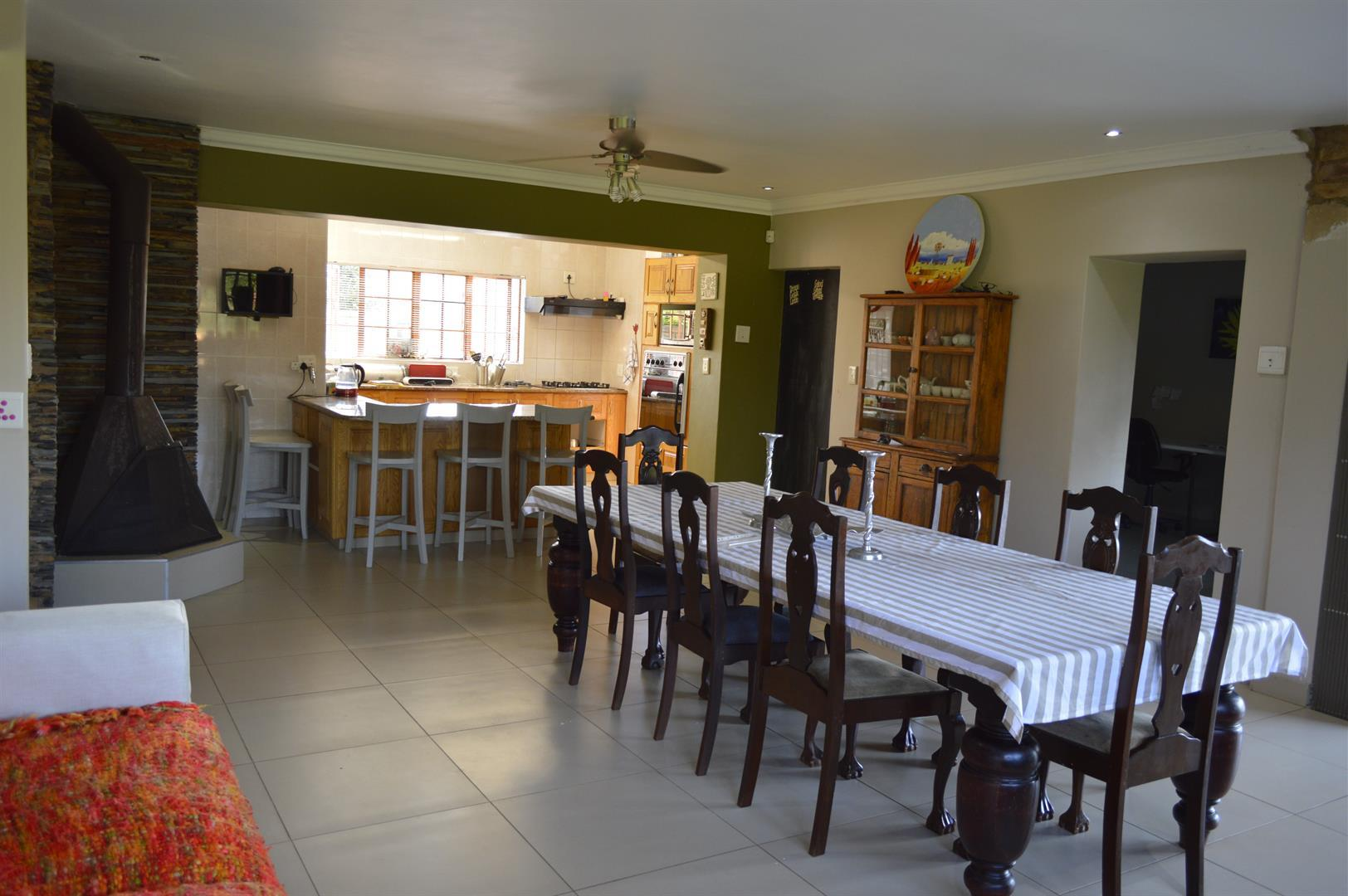 Raslouw A H property for sale. Ref No: 13442161. Picture no 4