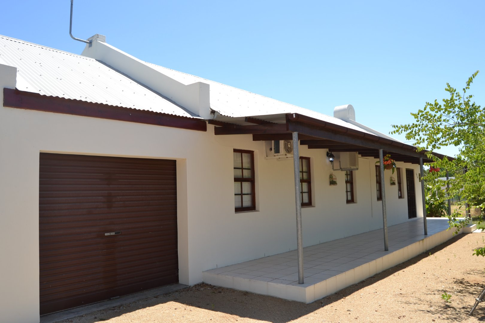 Property and Houses for sale in Riebeek Kasteel, House, 3 Bedrooms - ZAR 2,250,000