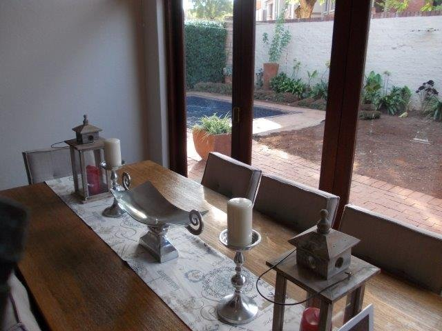 Property to Rent by Yvette Hutton, House, 3 Bedrooms - ZAR , 17,00*,M