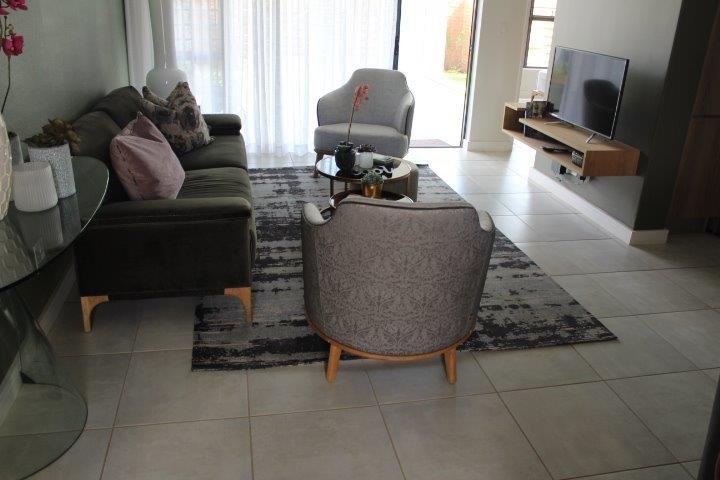 Pretoria, Equestria Property  | Houses To Rent Equestria, Equestria, Apartment 3 bedrooms property to rent Price:, 12,00*