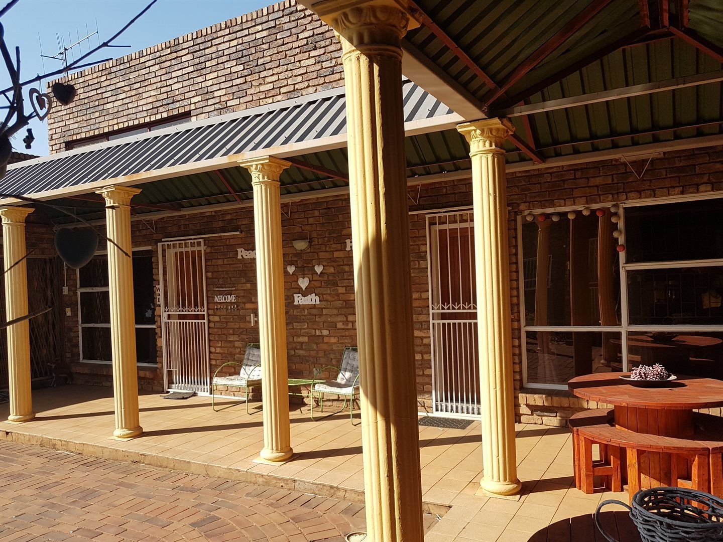 Property and Houses for sale in Karenpark, House, 3 Bedrooms - ZAR 1,358,000
