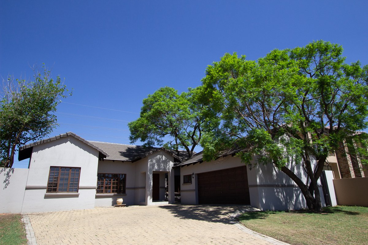 Randburg, Cedar Creek Property  | Houses For Sale Cedar Creek, Cedar Creek, House 3 bedrooms property for sale Price:2,590,000