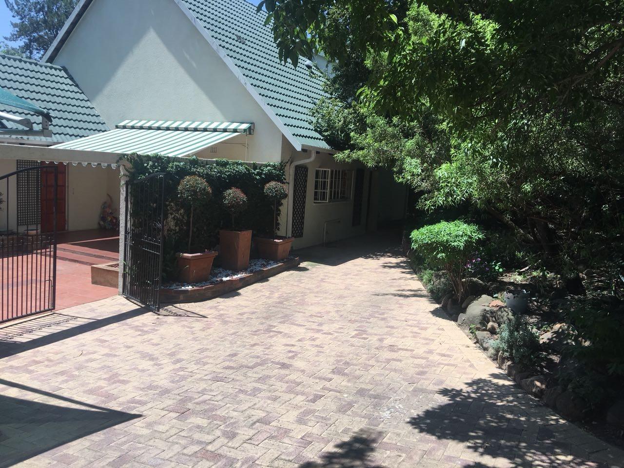 Sandton, Paulshof Property  | Houses For Sale Paulshof, Paulshof, House 4 bedrooms property for sale Price:2,300,000