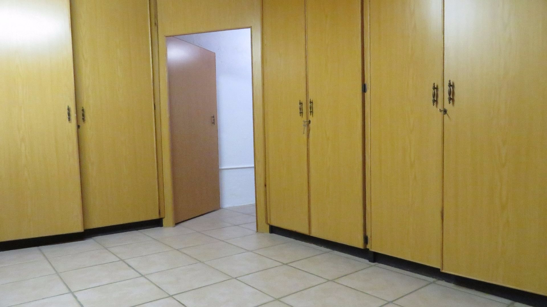 Culemborgpark property for sale. Ref No: 13528093. Picture no 23