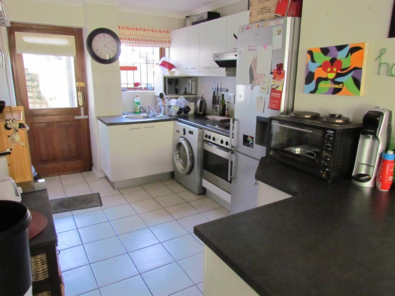 Stellenbosch property for sale. Ref No: 13491552. Picture no 7