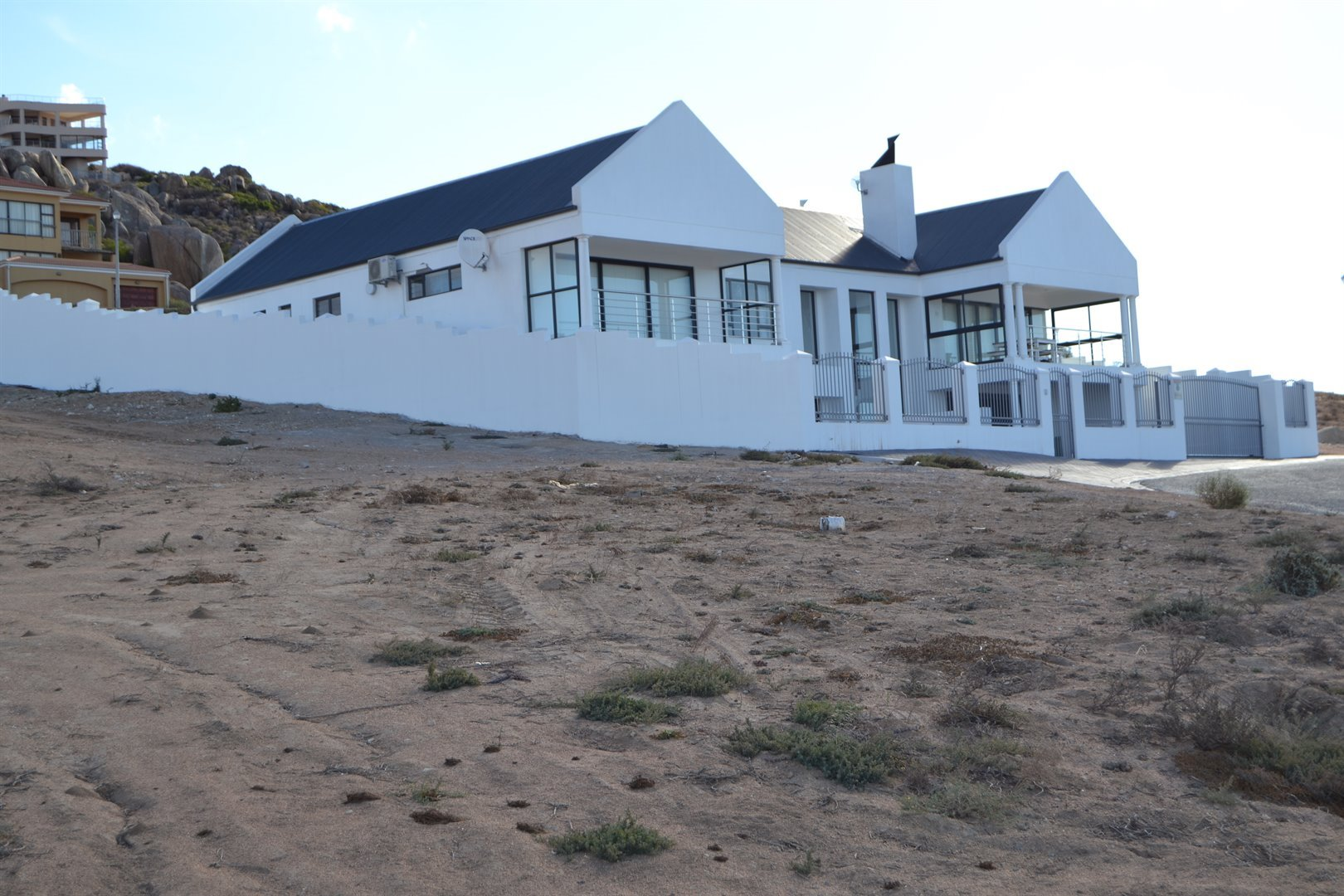 Da Gama Bay property for sale. Ref No: 13467022. Picture no 10