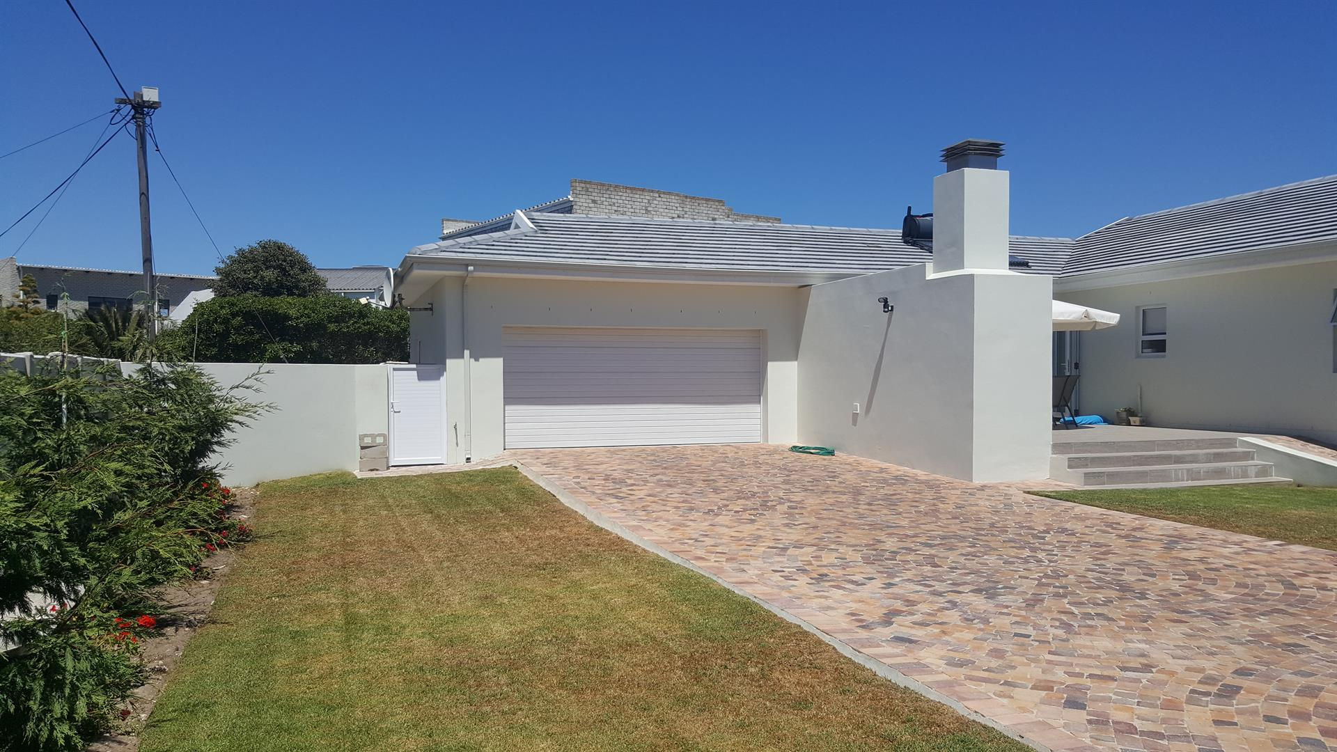 Yzerfontein property for sale. Ref No: 13454156. Picture no 48