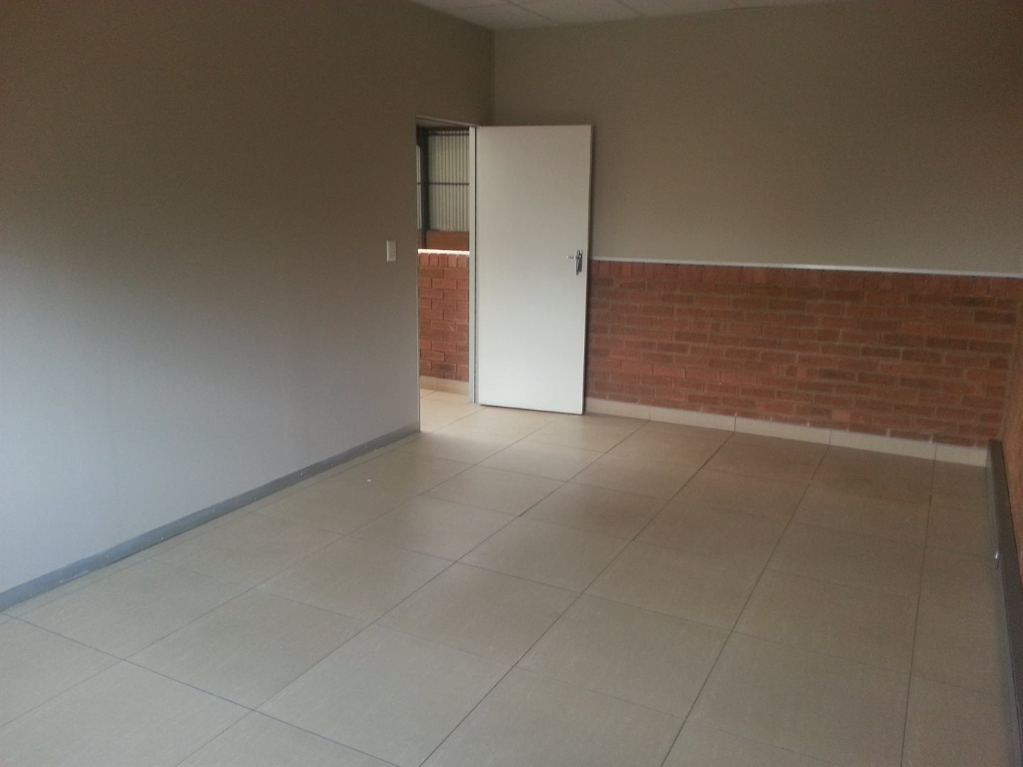 Hennopspark property to rent. Ref No: 13586952. Picture no 6