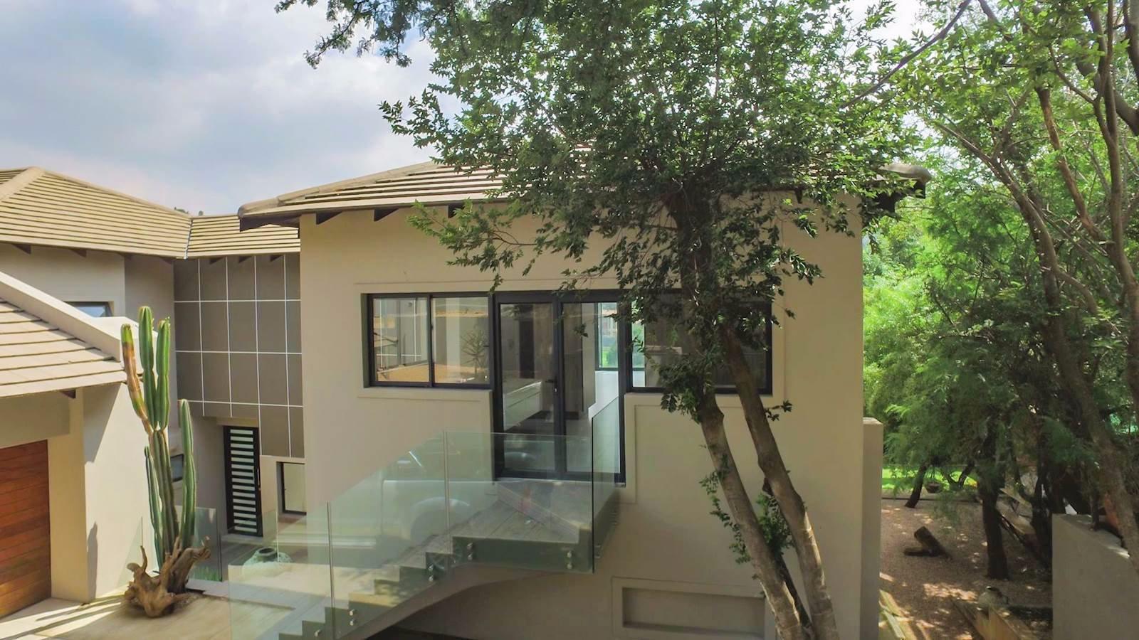 Glenvista property for sale. Ref No: 13524841. Picture no 24