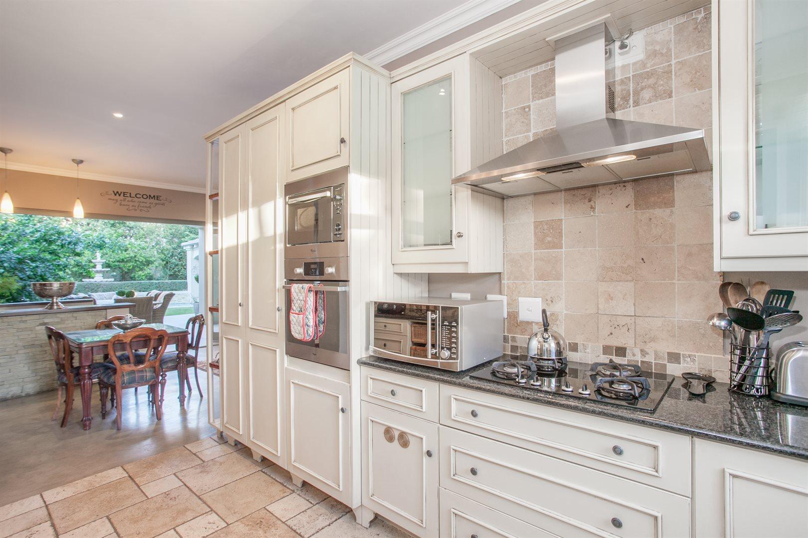 Fernbrook Estate property for sale. Ref No: 13543900. Picture no 2