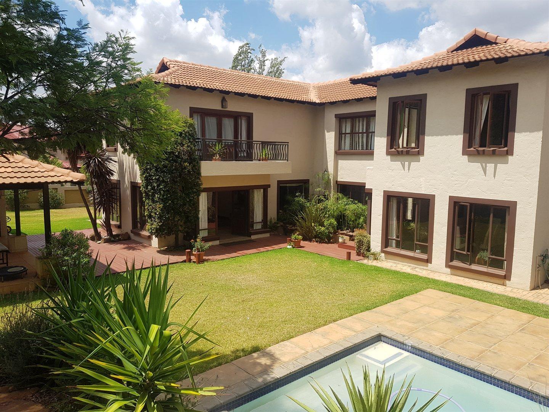 Pretoria, Faerie Glen Property  | Houses For Sale Faerie Glen, Faerie Glen, House 5 bedrooms property for sale Price:4,650,000