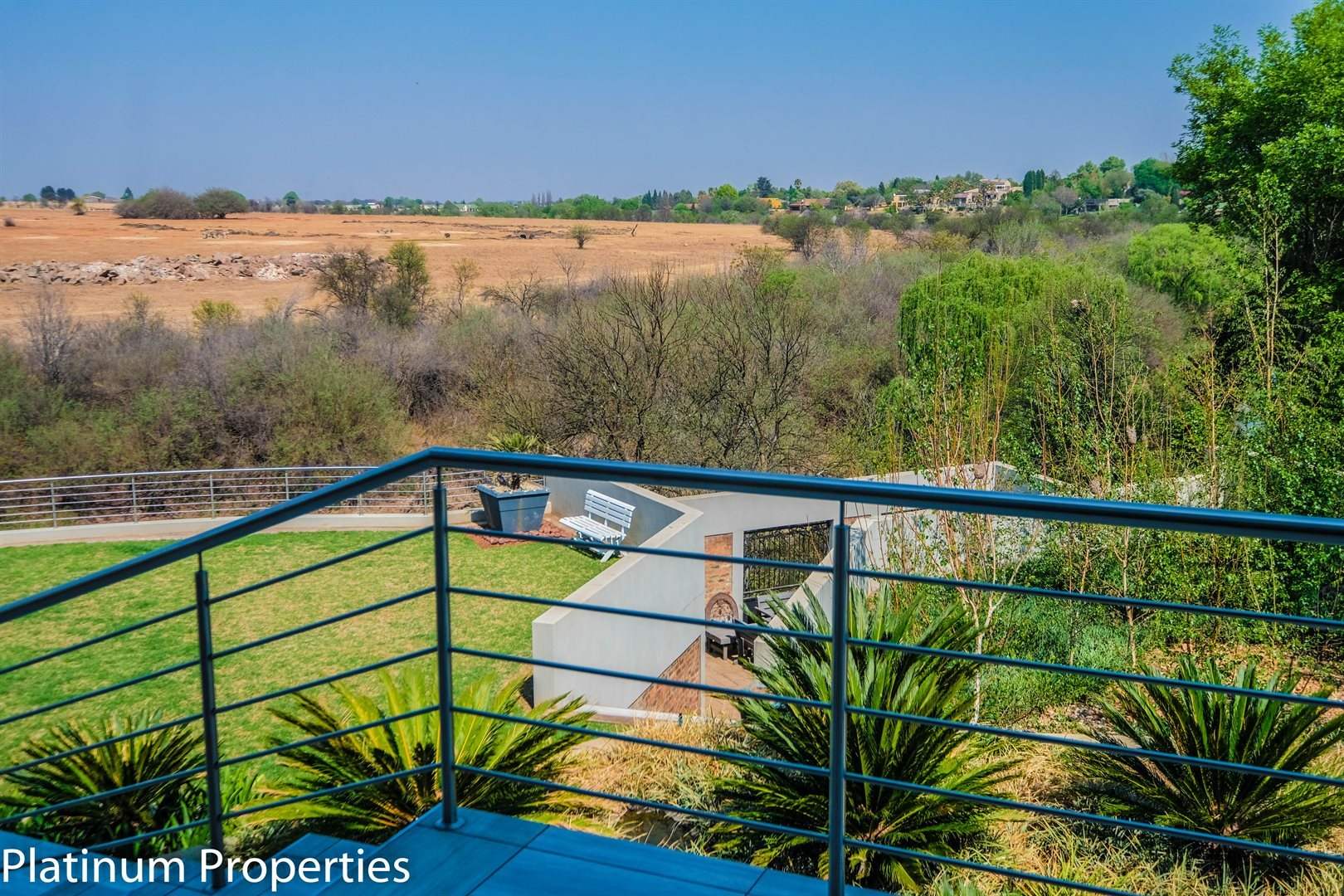 Three Rivers East property for sale. Ref No: 13622206. Picture no 2