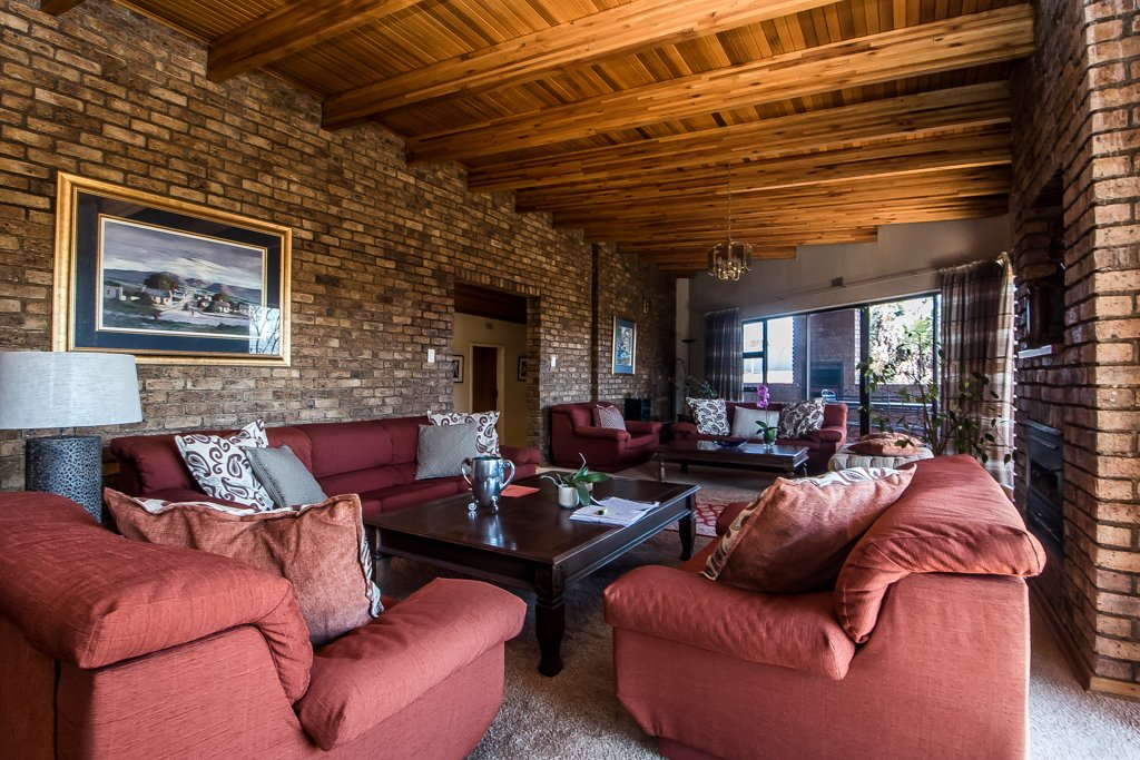 Glenvista property for sale. Ref No: 13500218. Picture no 3