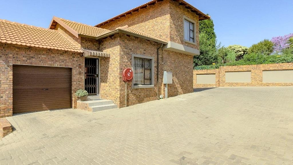 Property and Houses for sale in Alberton North, Apartment, 3 Bedrooms - ZAR 1,389,000
