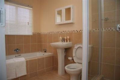 Ormonde View property to rent. Ref No: 13592016. Picture no 9
