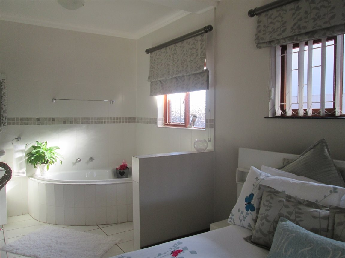 Vredenburg Central property for sale. Ref No: 13424171. Picture no 21