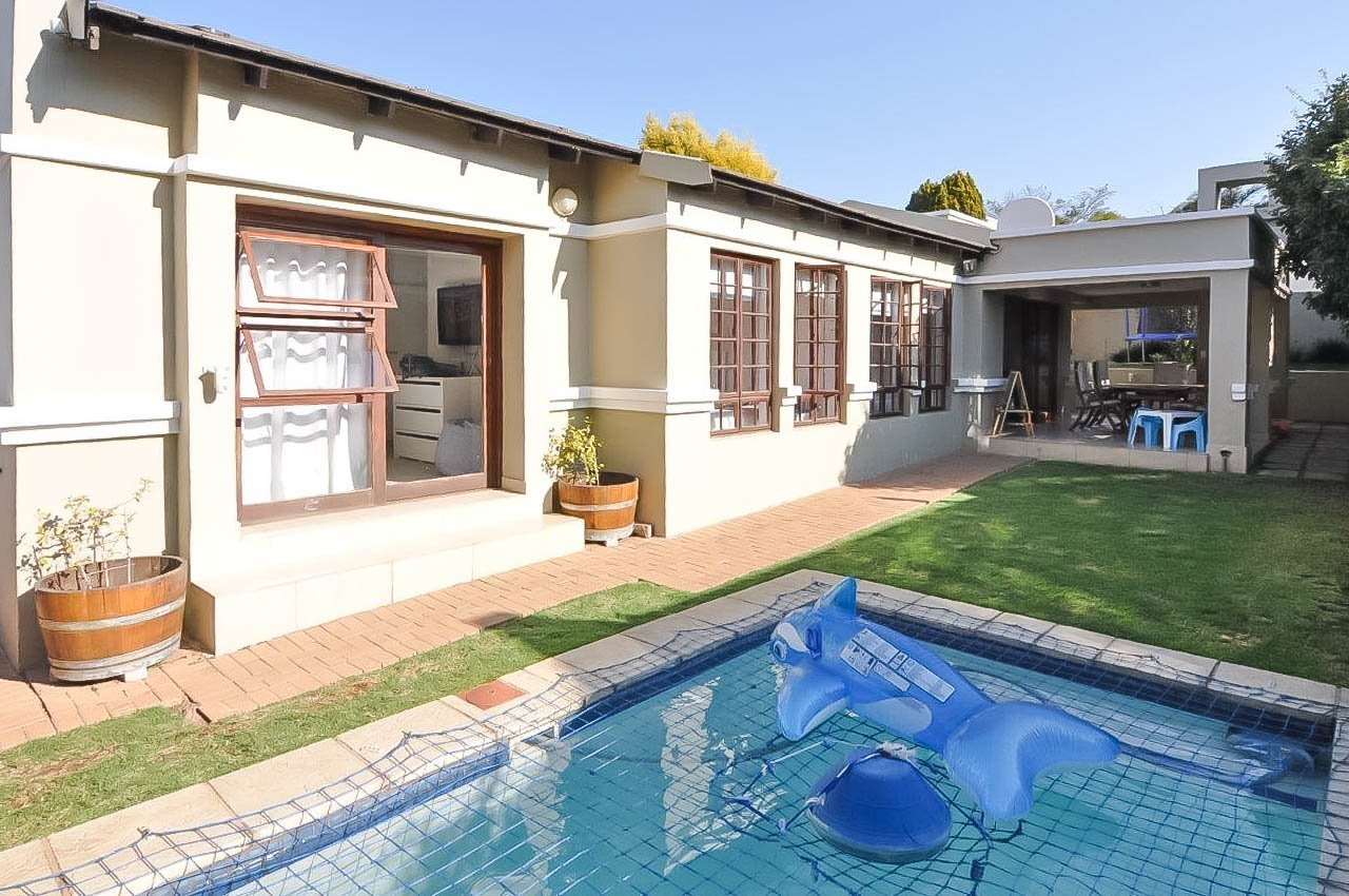 Sandton, Lonehill Property  | Houses To Rent Lonehill, Lonehill, House 3 bedrooms property to rent Price:, 16,50*