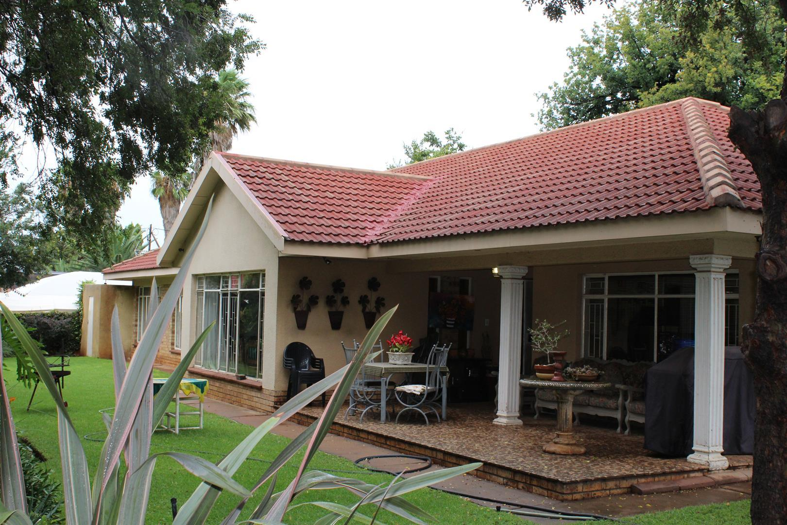 Potchefstroom Central property for sale. Ref No: 13453532. Picture no 1
