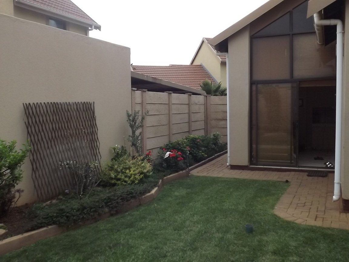 Vanderbijlpark property for sale. Ref No: 12781896. Picture no 25