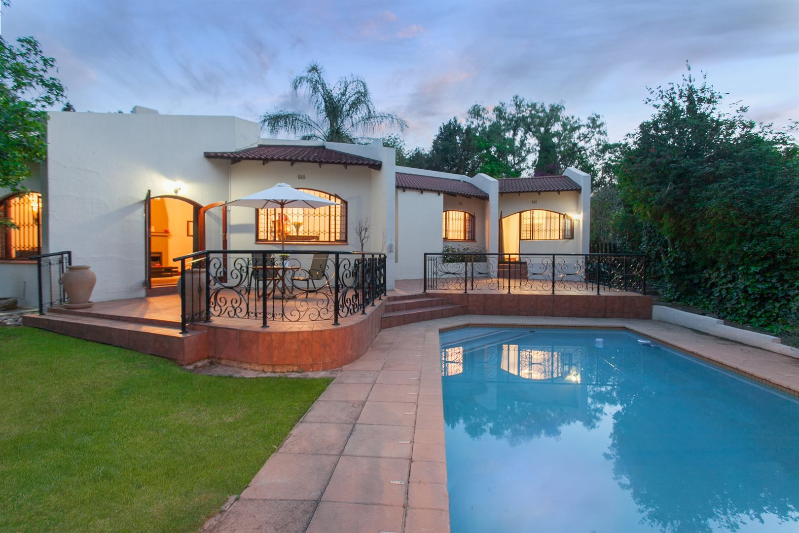 Fourways property for sale. Ref No: 13551719. Picture no 16