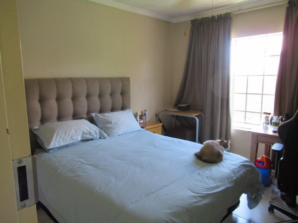 Highveld property for sale. Ref No: 13566297. Picture no 10