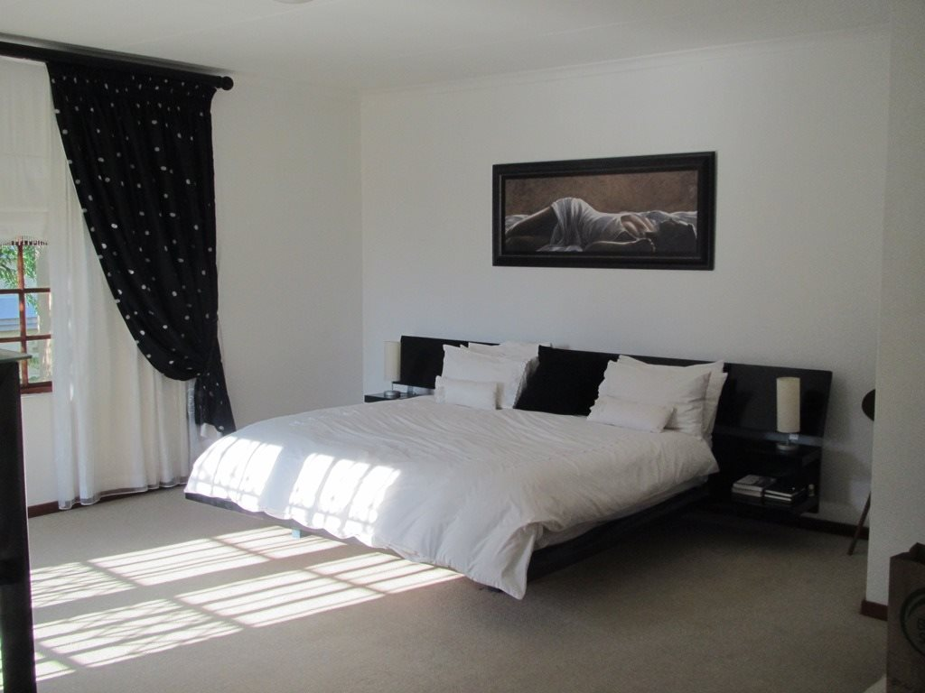 Faerie Glen property for sale. Ref No: 13396156. Picture no 6
