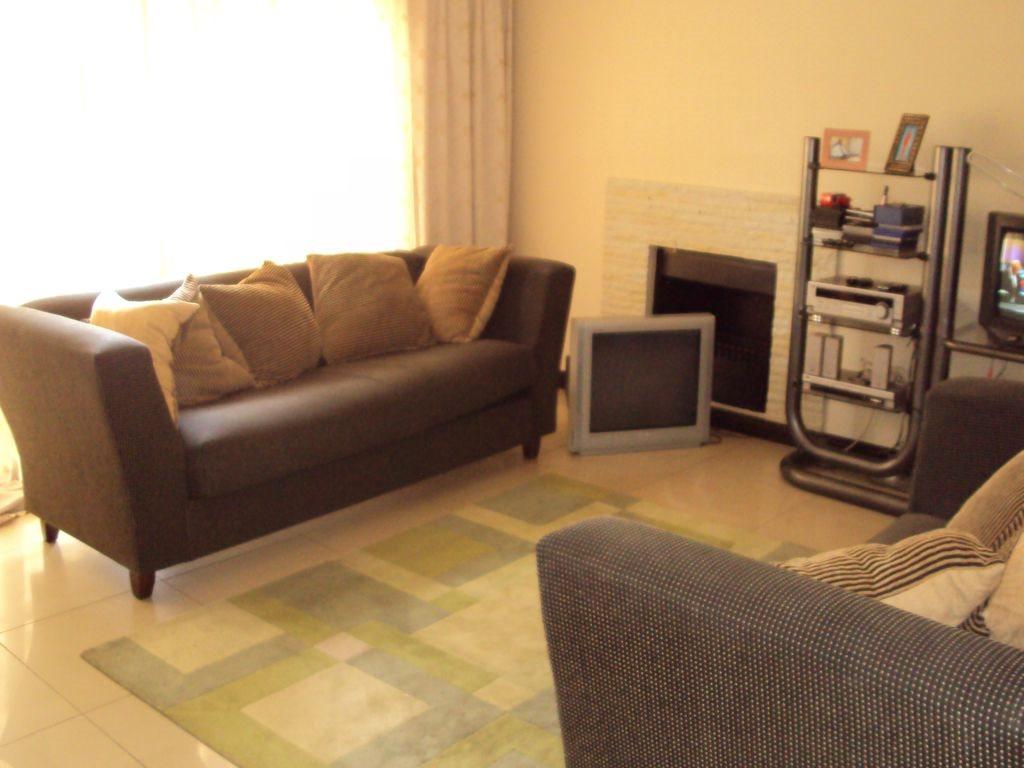 Midstream Estate property for sale. Ref No: 12781454. Picture no 13