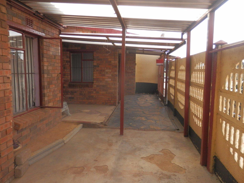 Johannesburg, Eldorado Park Property  | Houses For Sale Eldorado Park, Eldorado Park, House 3 bedrooms property for sale Price:700,000