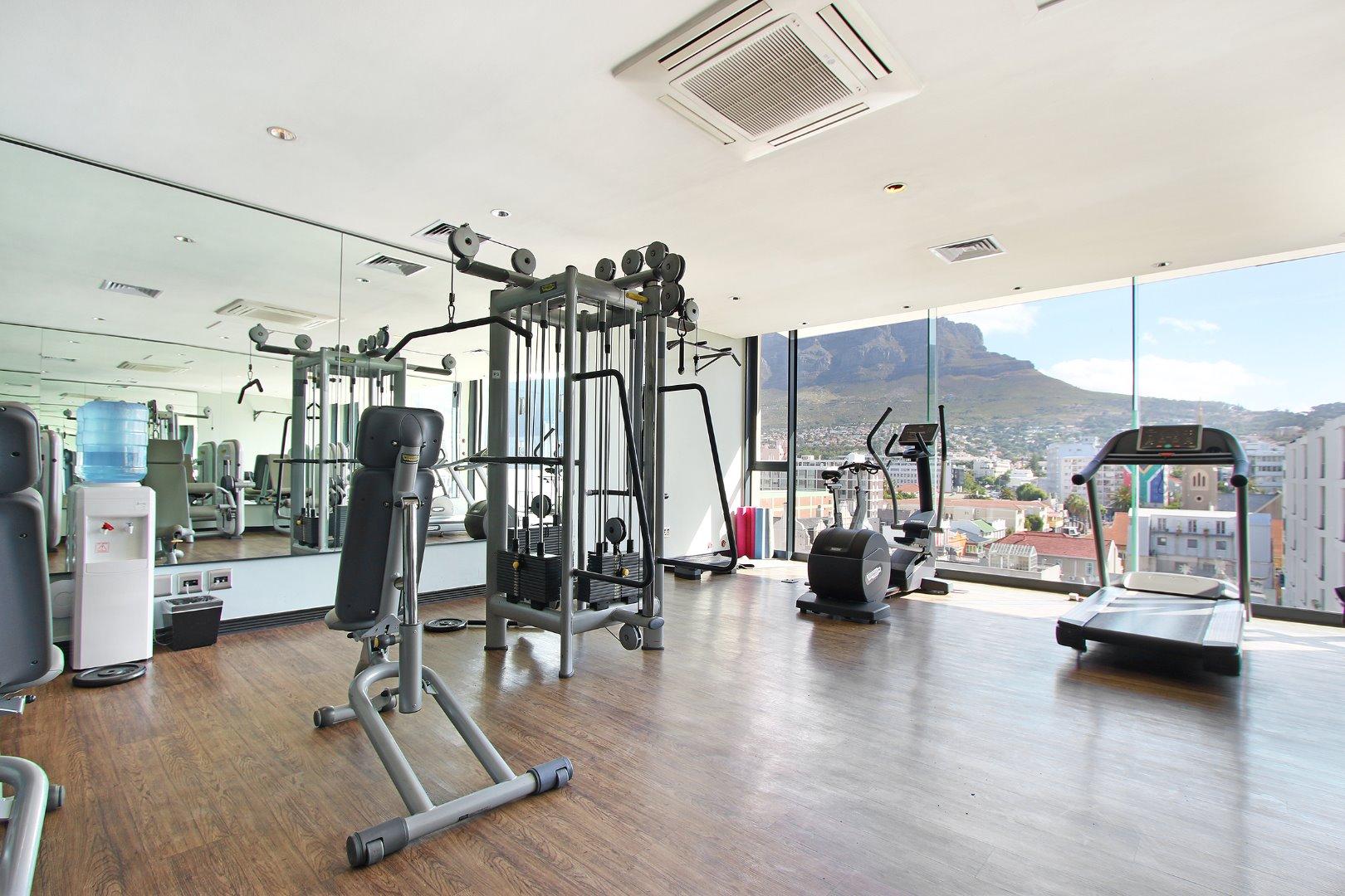 Cape Town City Centre property for sale. Ref No: 13715960. Picture no 20