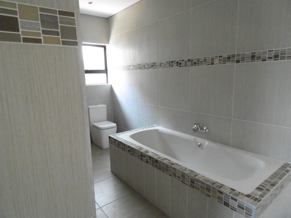 Meer En See property for sale. Ref No: 13281313. Picture no 10