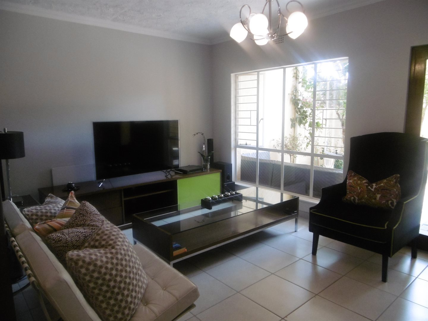 Bryanston property for sale. Ref No: 13531722. Picture no 1