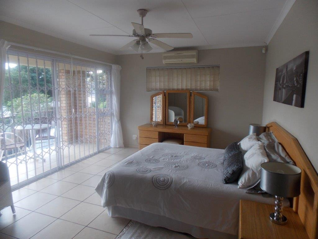 Amanzimtoti property for sale. Ref No: 13372994. Picture no 33