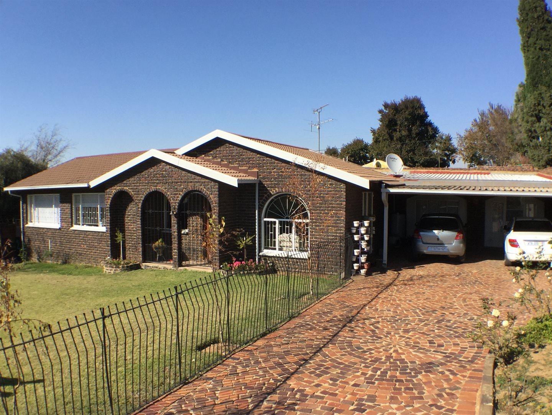 Johannesburg, Elandspark Property  | Houses For Sale Elandspark, Elandspark, House 3 bedrooms property for sale Price:1,050,000