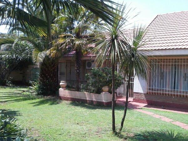 Arcon Park property for sale. Ref No: 13417644. Picture no 9