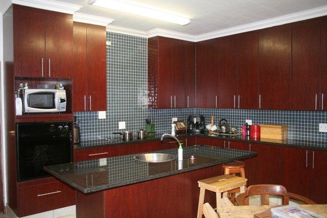 Property to Rent by Ernst Van Eck, House, 3 Bedrooms - ZAR , 21,00*,M