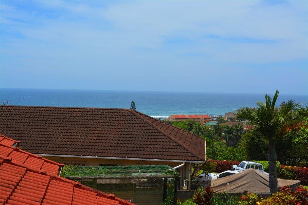 Shelly Beach property for sale. Ref No: 13283642. Picture no 24